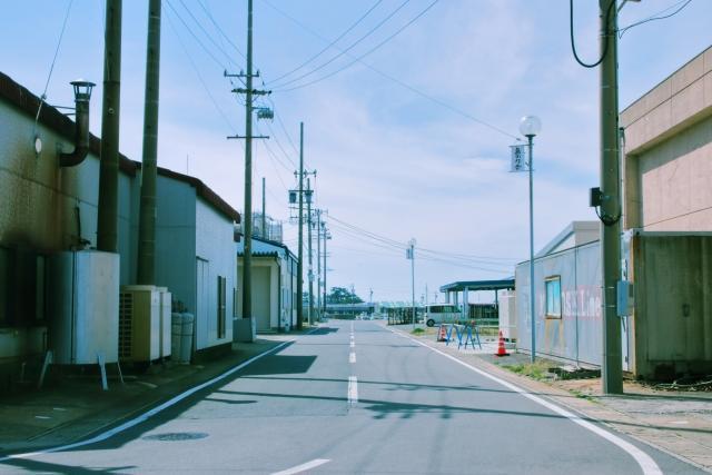 貸倉庫前の道路幅に注意!前面道路と進入口の道路幅について詳しく解説